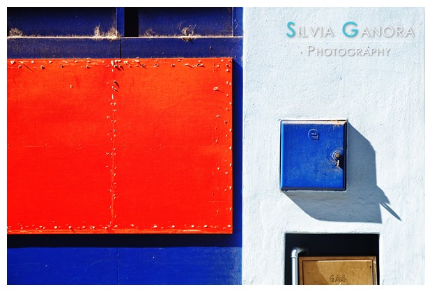 Architectural detail of a wall with colorful shapes- ©Silvia Ganora Photography - All Rights Reserved