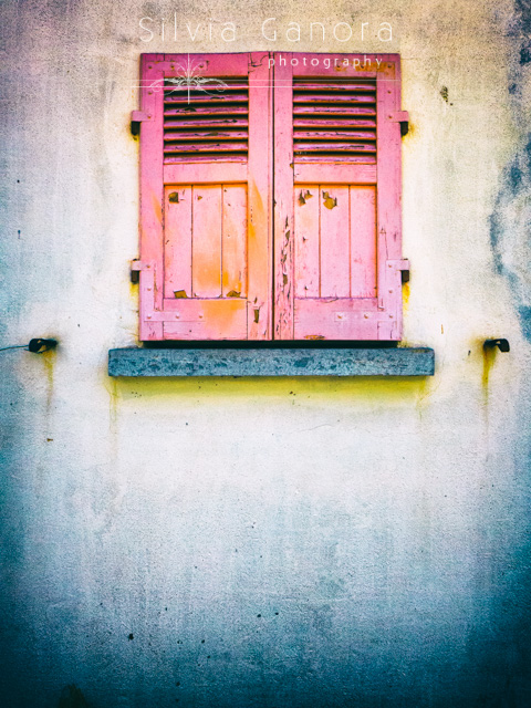 Window with pink, rotten shutters- ©Silvia Ganora Photography - All Rights Reserved