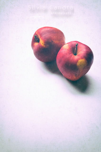 Two apples©Silvia Ganora Photography - All rights reserved